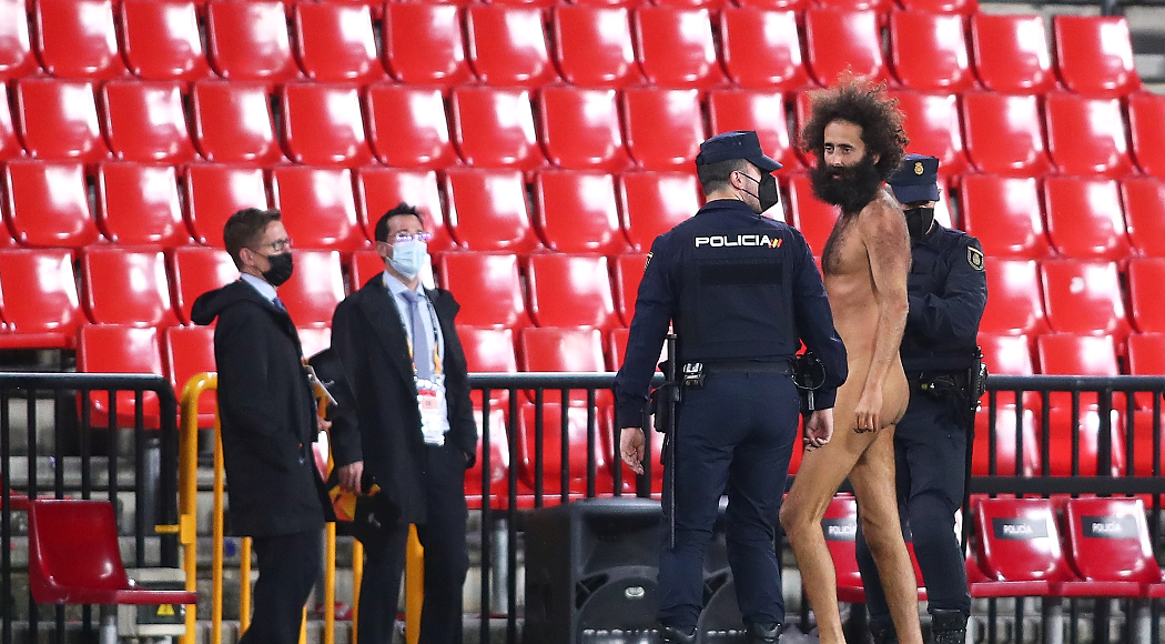 Granada streaker hid for 14 hours before Man Utd appearance