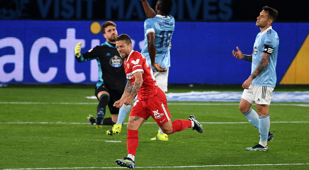 Sevilla win thriller with Celta 4-3 to stay in title hunt